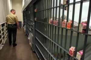 Aumenta el uso de drogas psiquiátricas en las cárceles de California