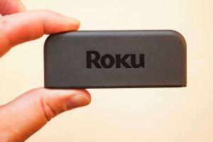 El Roku Express es un dispositivo de streaming de video barato, fácil de usar y con muchos apps