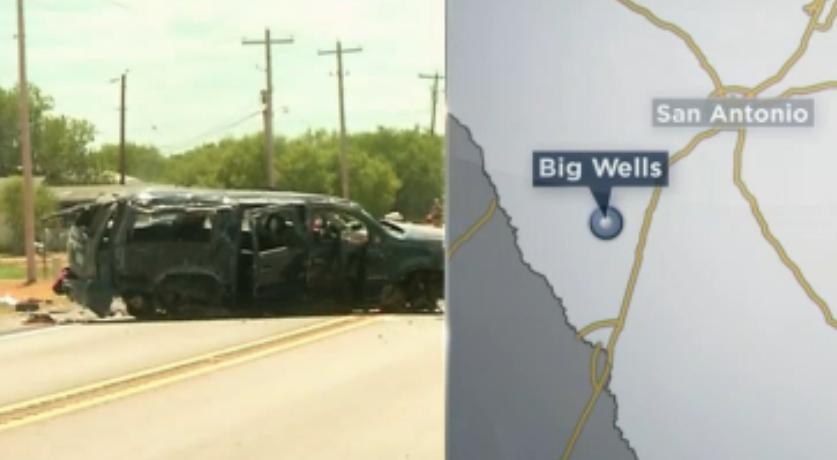 Camioneta que huía de la Patrulla Fronteriza se estrella violentamente y deja 5 muertos
