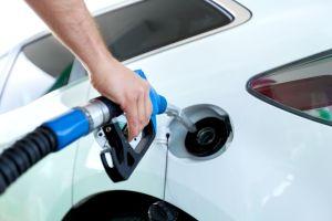 Cómo ahorrar dinero en la gasolinera
