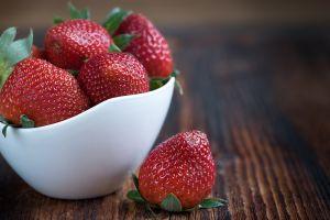 Granjeros comparten un truco para mantener las fresas frescas