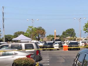 La policía mata a tiros a una persona que la amenaza con un cuchillo cerca de un gimnasio de Torrance