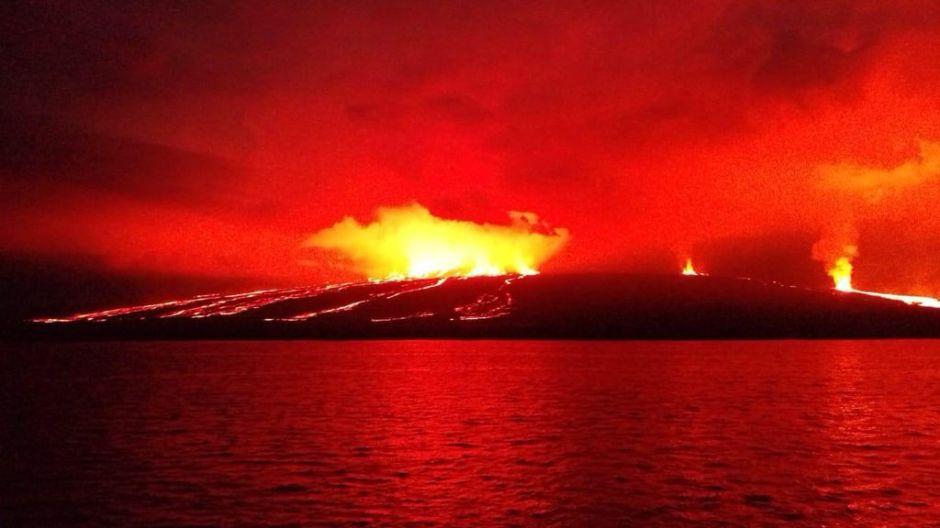 Ecuador: Galápagos reporta la segunda erupción volcánica en 2 semanas