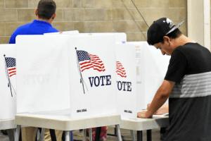 Por qué tarda tanto California en contar las boletas electorales