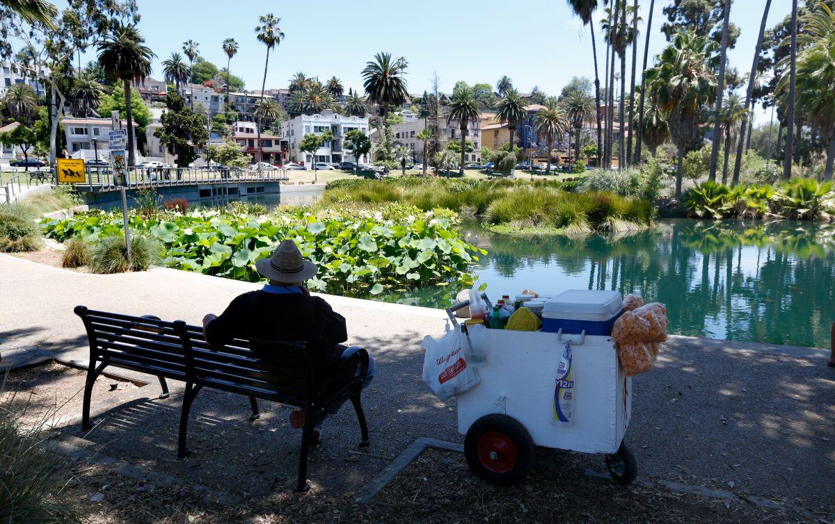 Hay una alerta estatal en California para ahorrar voluntariamente energía ante la ola de calor extremo