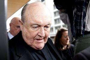 12 meses para Philip Wilson, el más alto clérigo católico condenado por encubrir abusos sexuales