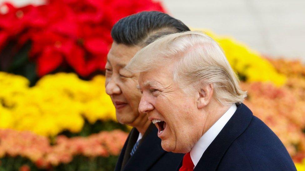 """China acusa a EEUU por lanzar """"la mayor guerra comercial""""."""
