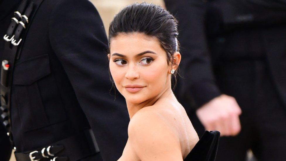 ¡$1 millón por una foto!: los 10 famosos que más ganan en Instagram