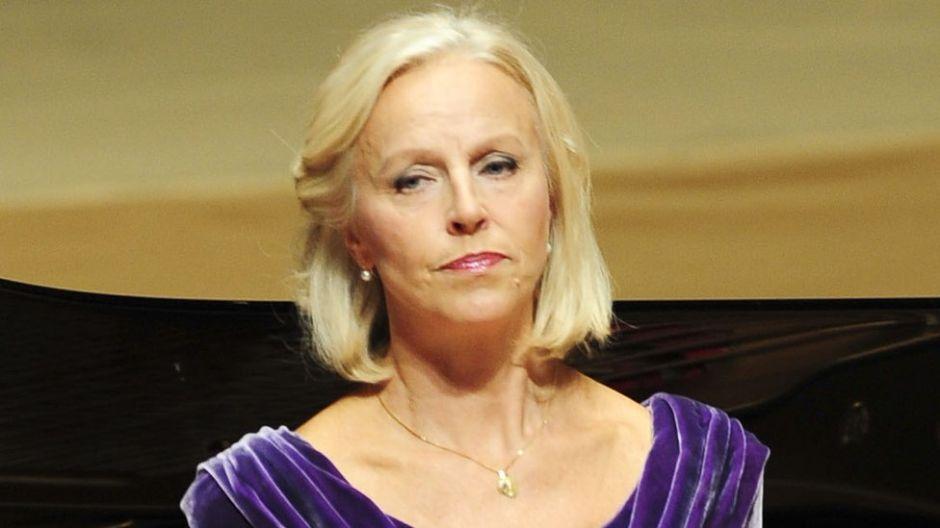 """""""Puedes destrozar a una persona"""": prestigiosa cantante de ópera culpa al #MeToo del suicidio de su esposo"""