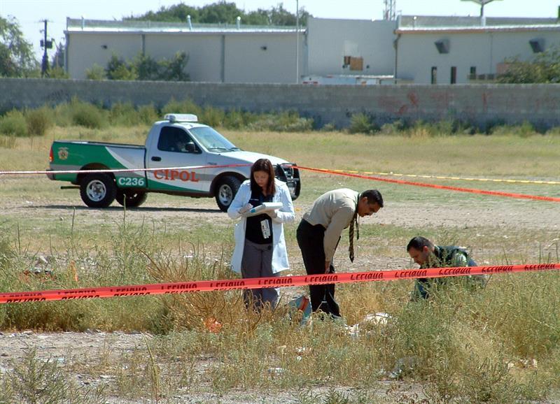 Entierran en Chihuahua 40 cuerpos sin identificar