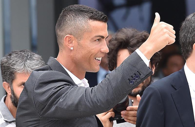 Aficionados crean papel de baño con el rostro de Cristiano Ronaldo