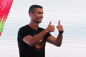 Cristiano Ronaldo no olvida a los amigos; manda mensaje de apoyo a Marco Asensio