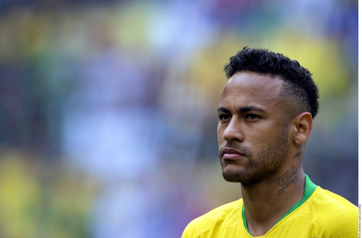 Neymar es uno de los ocho jugadores del PSG que se mantienen con vida en el Mundial