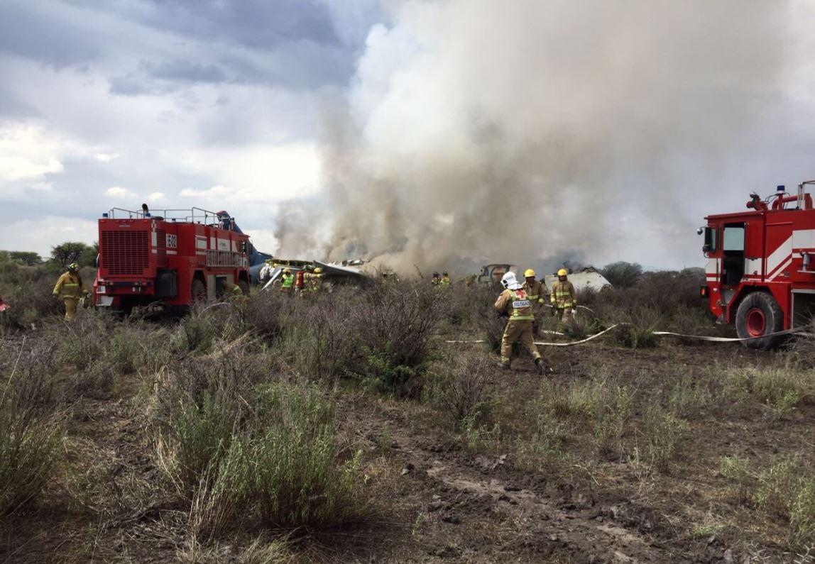 Milagro aéreo: cae avión de Aeroméxico y no se reportan víctimas fatales