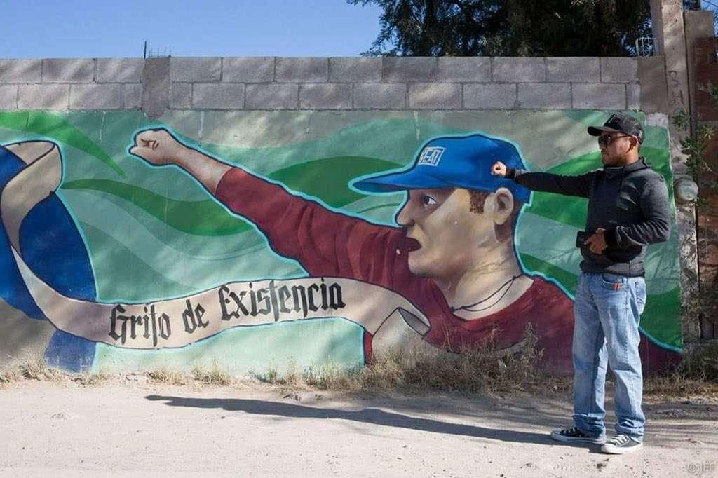 """A través de su organización, """"El Mijis"""" ayuda a jóvenes pandilleros."""