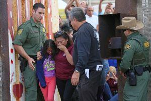El Gobierno de EEUU no cumple con el plazo y sólo reunifica a 34 niños inmigrantes con sus padres