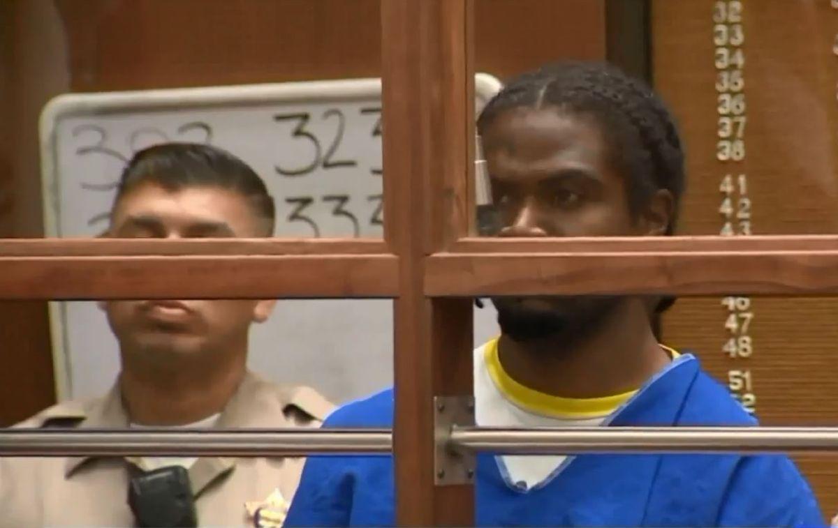 Acusan de asesinato a hombre que tomó rehenes en Trader Joe's