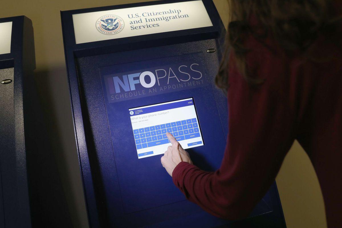 USCIS realiza ajustes para aplicar la política migratoria del presidente Trump.