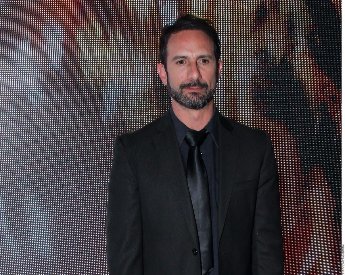 Hospitalizan al actor Pablo Valentín tras romperse varios huesos