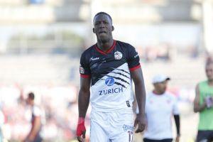 La Liga MX deja ir a Advíncula, el 'Usain Bolt' del fútbol