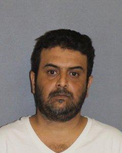 Hombre arrestado por cadena de incendios en Irvine