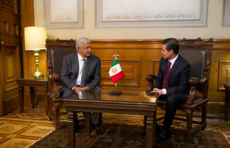 La transición será ordenada y pacífica, afirma López Obrador