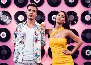 Marielena Dávila y Manolo González hablan horas antes de debutar en 'Premios Juventud'