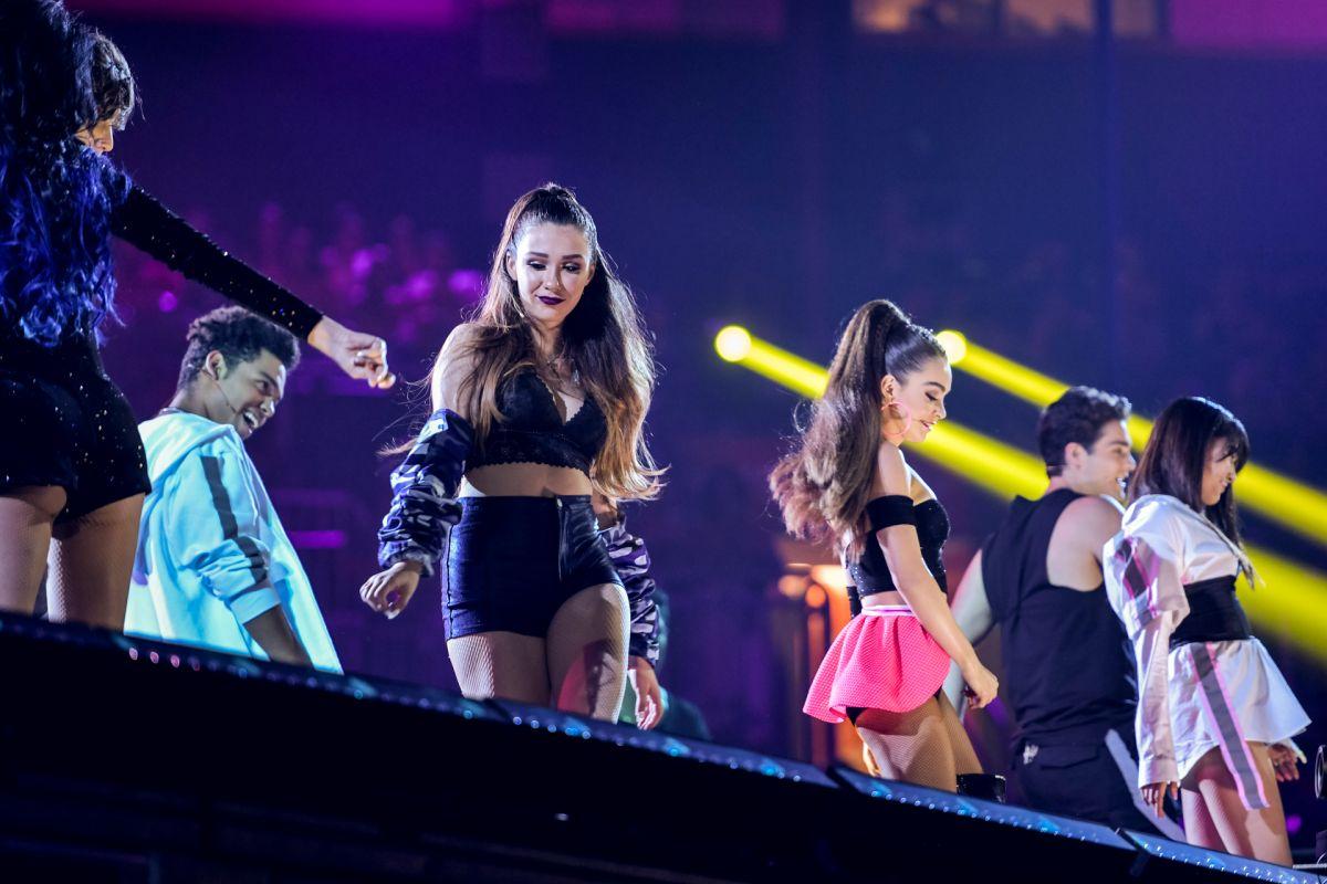 Video: LIKE se convierte en una burla en Premios Juventud 2018