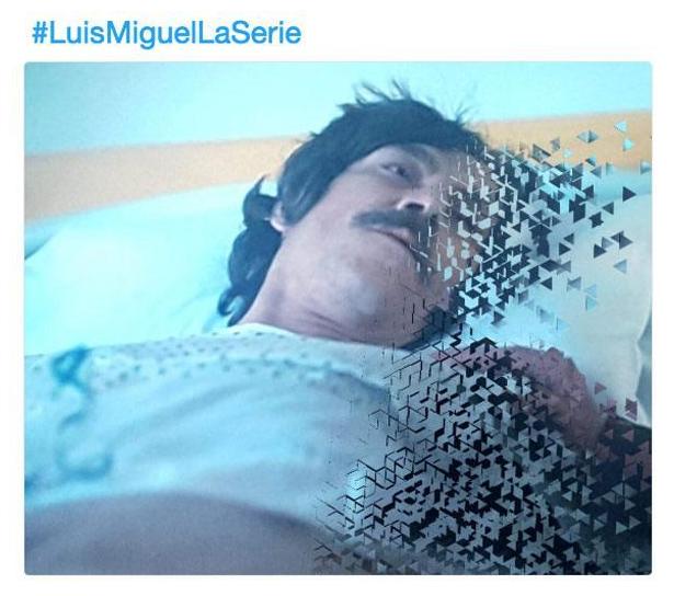Llueven los memes tras final de la serie de Luis Miguel