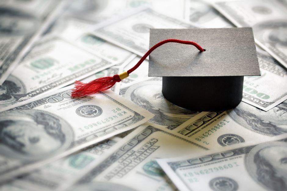 Estrategias inteligentes para pagar la universidad