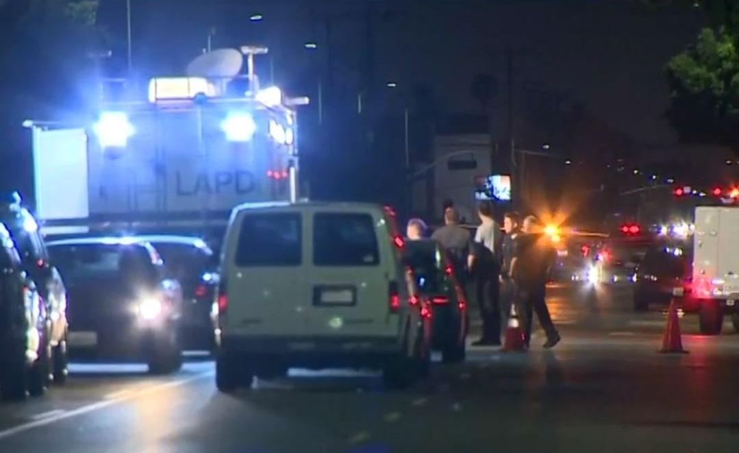 Las autoridades acordonaron la zona tras la fuga del sospechoso.