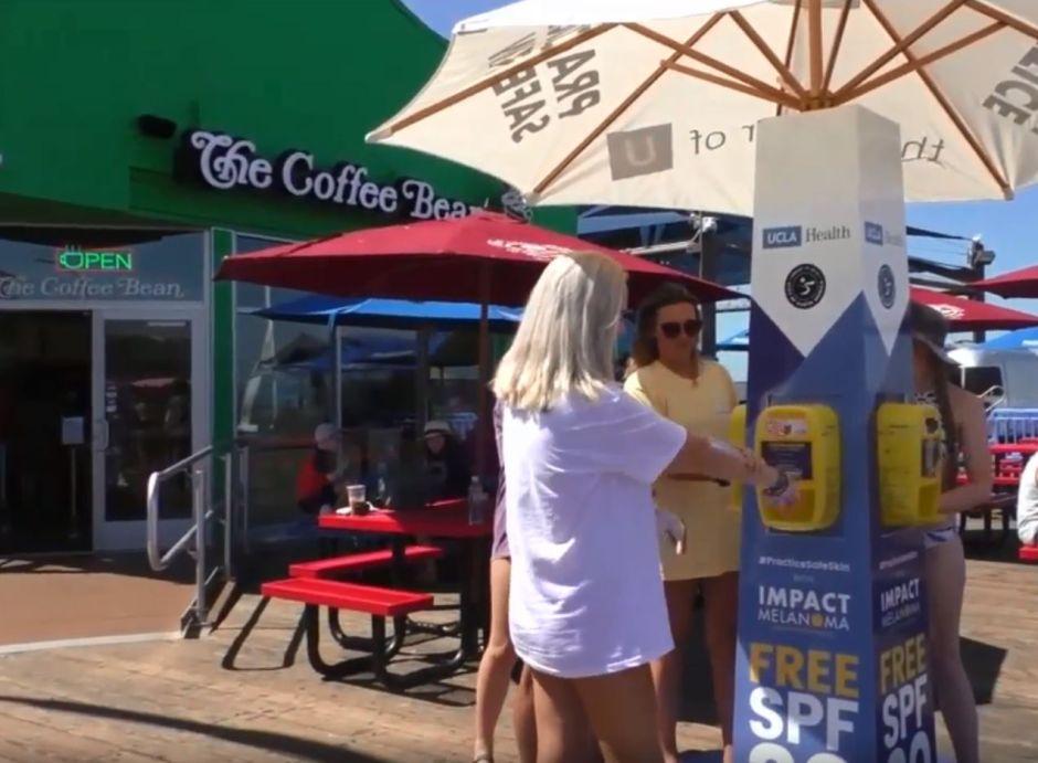 El protector solar será gratis en las playas del condado de Los Ángeles