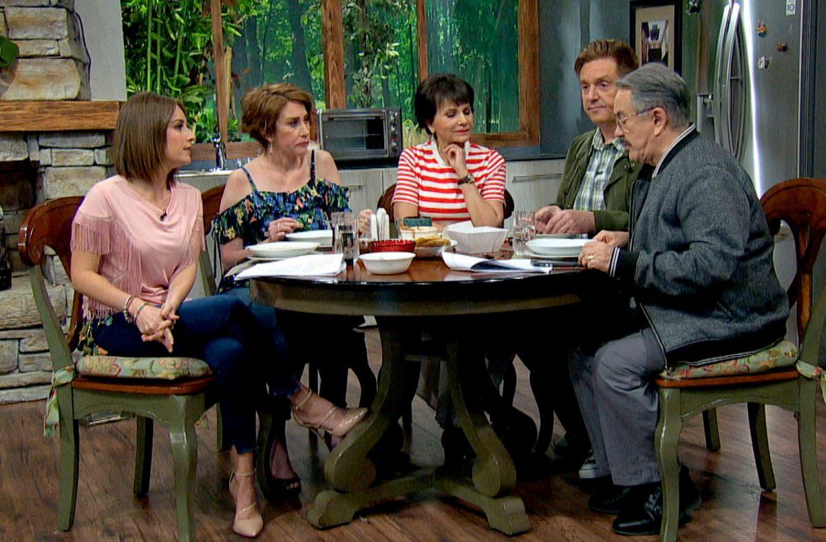 """""""Ventaneando"""" de TV Azteca"""