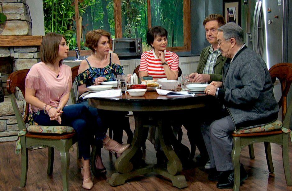 'Intrusos' de Televisa quieren acabar con 'Ventaneando' de TV Azteca