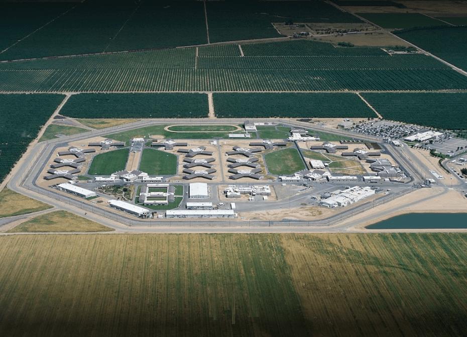 Violador de niños asesinado por otro preso en prisión de California