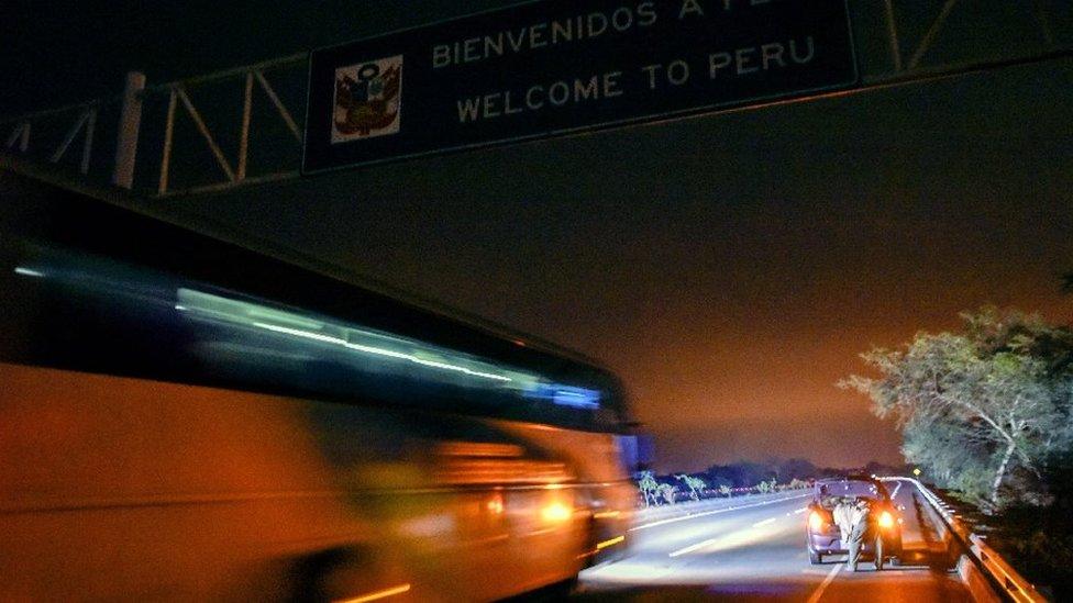 Éxodo de venezolanos: llegaron tarde y no pudieron entrar a Perú