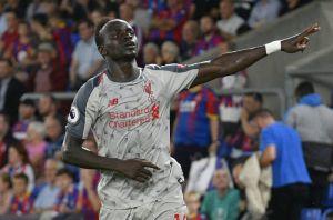 Liverpool vuelve a ganar y comparte liderato con el City en la Premier League