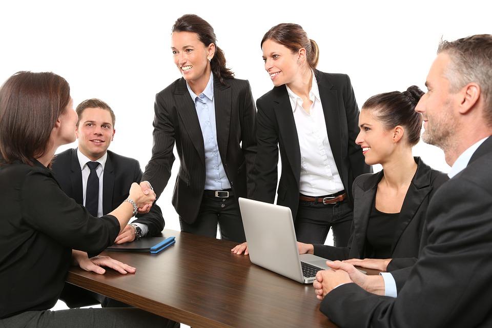 7 maneras de demostrar mayor seguridad en ti misma en el trabajo