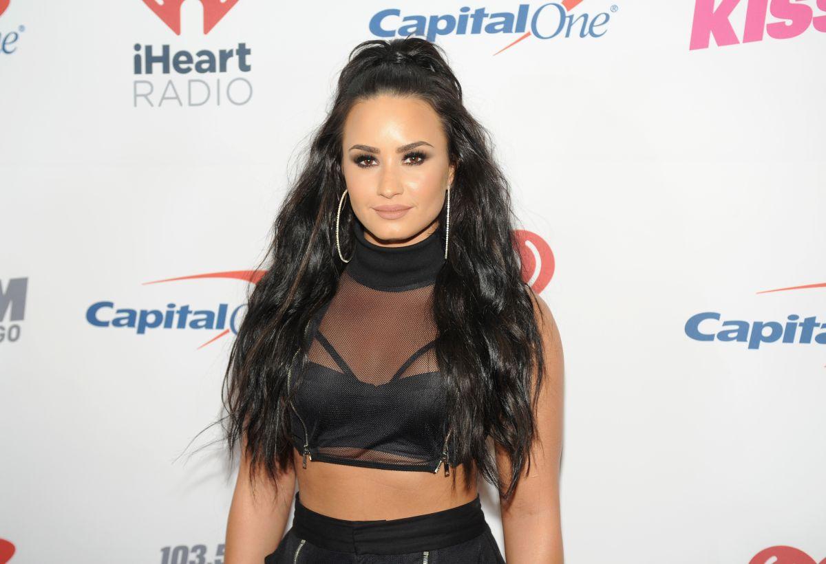 Demi Lovato consigue cita con hombre de sus sueños