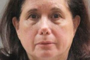 3er turista asesinado en NY en una semana; anciana apuñala a visitante 'maligna'