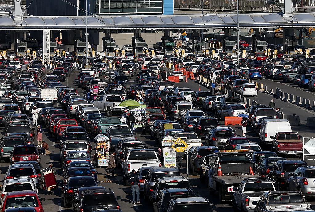 ¿Cómo cruzar sin problemas en auto la frontera Tijuana-SanDiego?