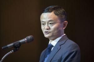 Jack Ma, multimillonario chino, asegura que Estados Unidos desperdicia el dinero