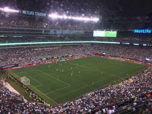 El Real Madrid deja buen sabor de boca en New Jersey ante la Roma