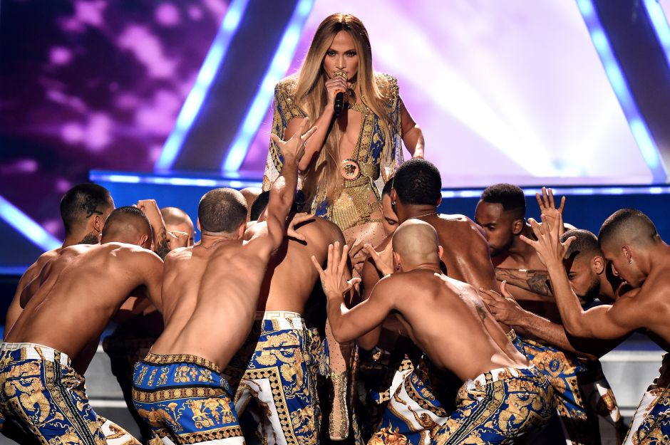 Video: Jennifer Lopez electriza los MTV VMAs 2018