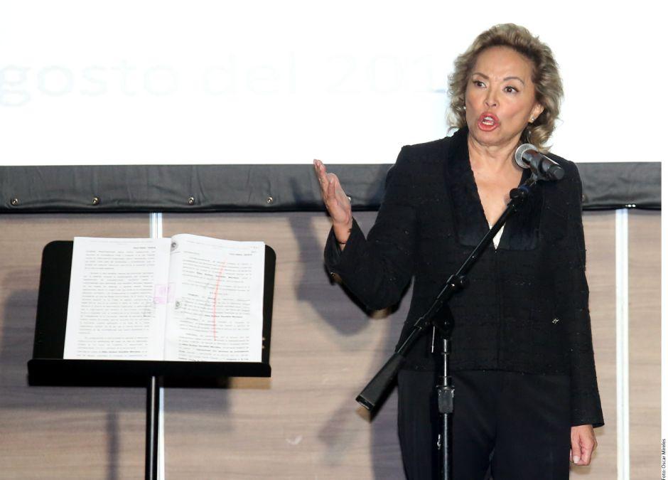 Elba Esther Gordillo, exlideresa magisterial acusa a Peña de persecusión política