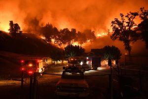 El fuego cobra otra vida en California