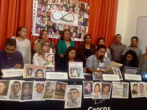 """""""Ya no los esperamos vivos, queremos por lo menos sus restos"""": madre de desaparecido"""