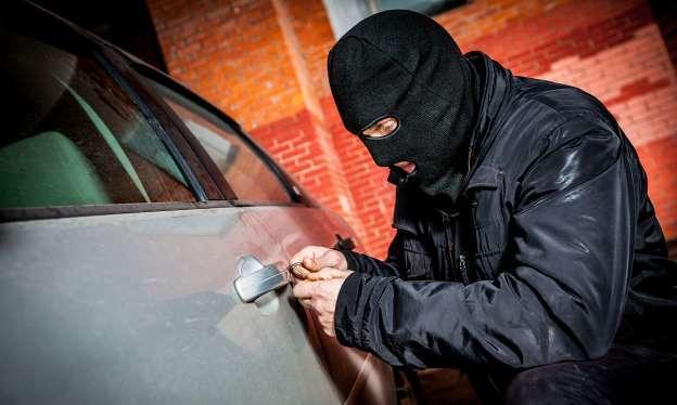 El robo de autos es crítico en grandes ciudades de California… y los fiscales dicen que no pueden hacer nada al respecto