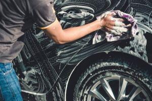 ¿Cómo cuidar la pintura del auto para que siempre parezca nuevo?
