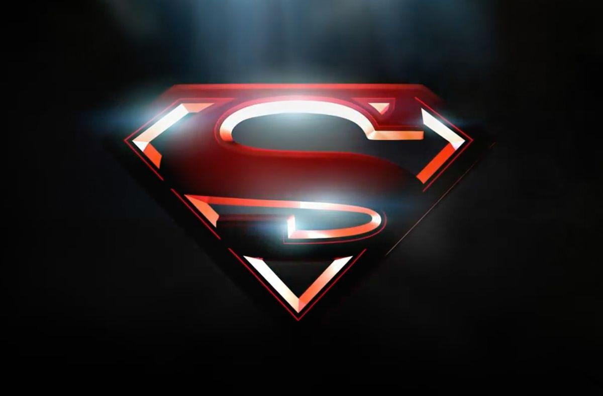 Se prepara película sobre 'Supergirl' tras éxito de 'Wonder Woman' en taquilla
